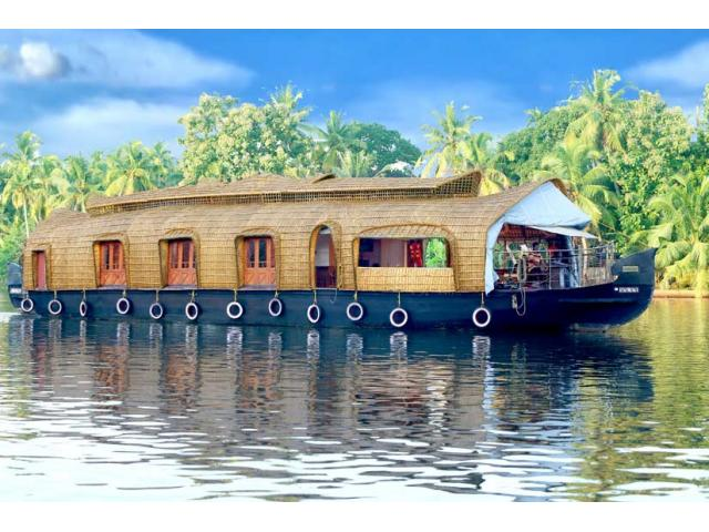 Houseboat Stay (Boat House) @ Alleppey Kerala India