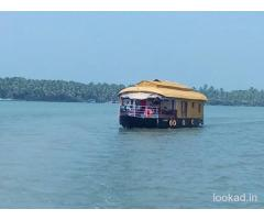 Boathouse in Kerala packages