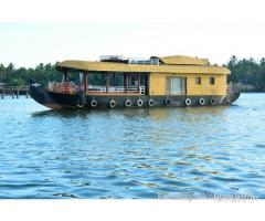houseboat stay in kerala