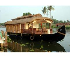 kerala honeymoon boat house packages
