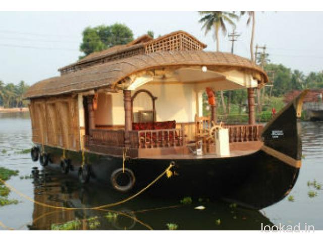 trip to kerala backwater houseboat