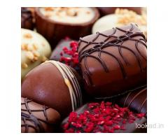 Online Heart Form Candy Truffle Cake Delivery in Faridabad