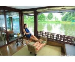 Cheap Boat House Stay In Alleppey