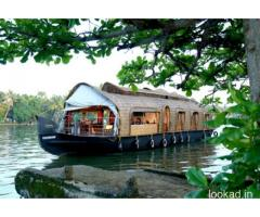 Kerala Backwaters Houseboat Packages