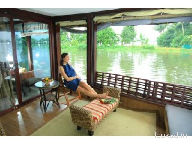 Alleppey Boat House Places