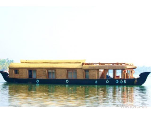 Kasaragod houseboat with Premium quality