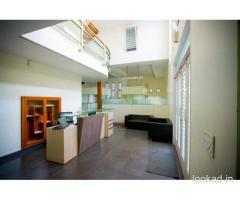 Shared office space for rent in Canaans Business Center